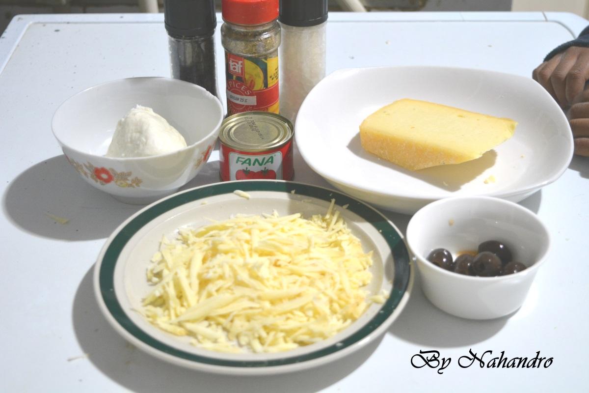 Pizza aux fromages ingrédients