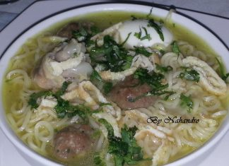 Recette facile de soupe chinoise main